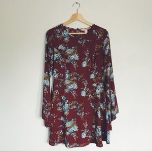 Forever 21 Bell Sleeve Floral Mini Dress